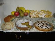 FontanaVecchiaAtina-colazione-buffet-particolare-frappe