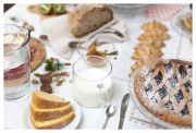 FontanaVecchiaAtina-colazione-buffet-particolare-latte